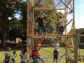 Cage à grimper avec enfant