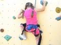 Enfant grimpant sur le Mur 6m30