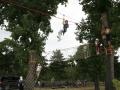 Tyrolienne sur Parcours aventure dans les arbres