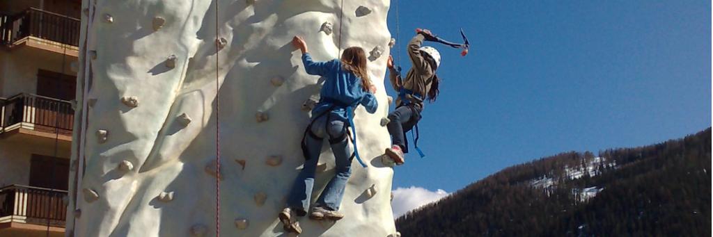 Mur de glace de 8m avec utilisation des piloets